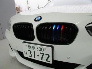 BMWフロントグリルの交換!