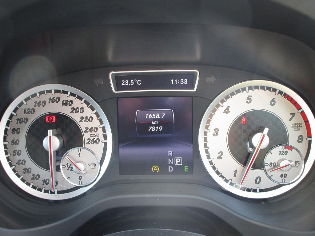 メルセデスベンツA180スポーツ 7,820Km3
